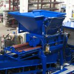 30 series quad-shaft hydrostatic shear shredder processing chamber.